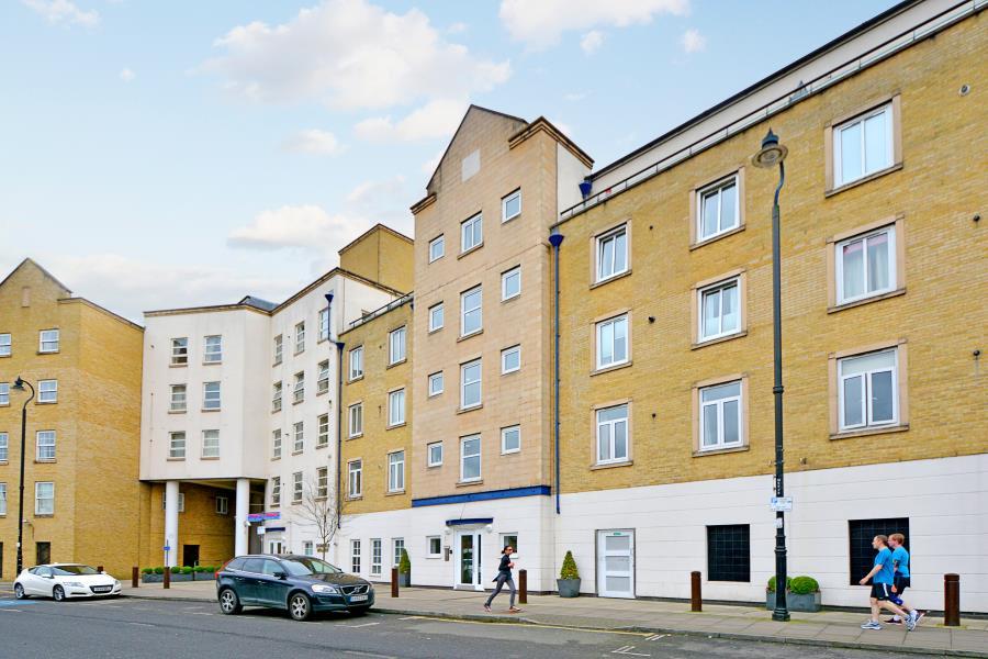 Dunbar Wharf Narrow Street Limehouse E14