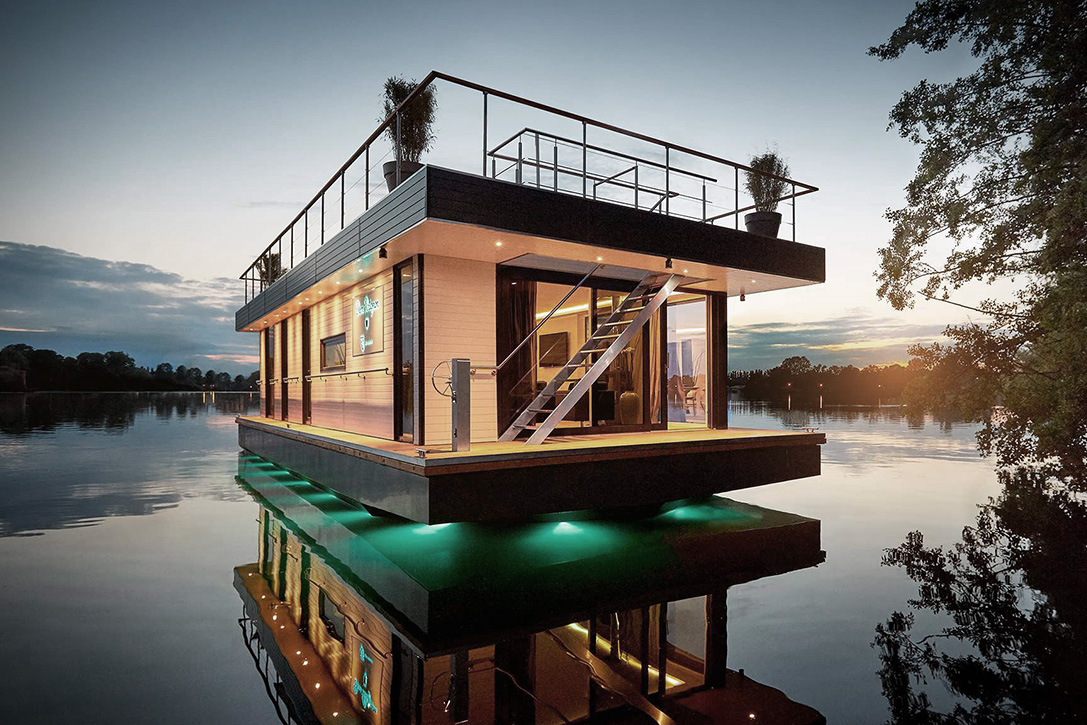 The Floating Penthouse