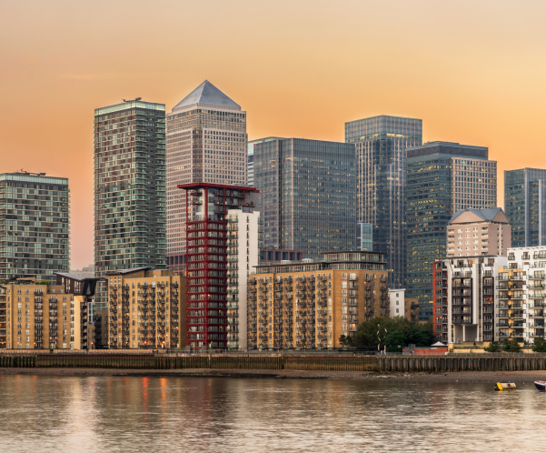 Average Price for a London House Goes Above £500,000